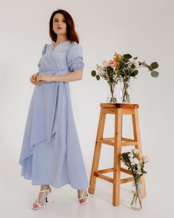 Модна сукня на запах міді, блакитна в білу смужку