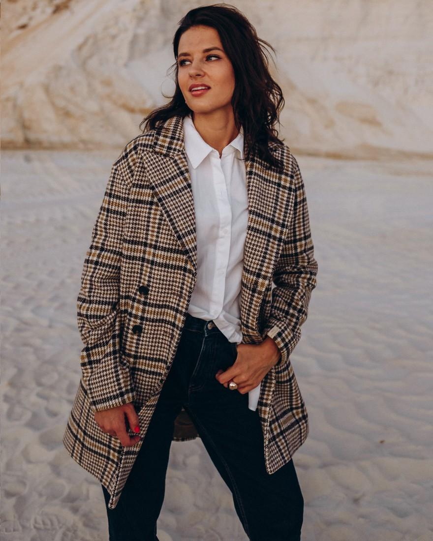 Жіноче пальто міді прямого крою 4 ґудзика, жовтка клітика