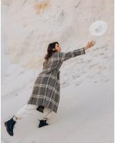 Довге жіноче пальто з поясом 4 ґудзика, сіро-жовта клітинка