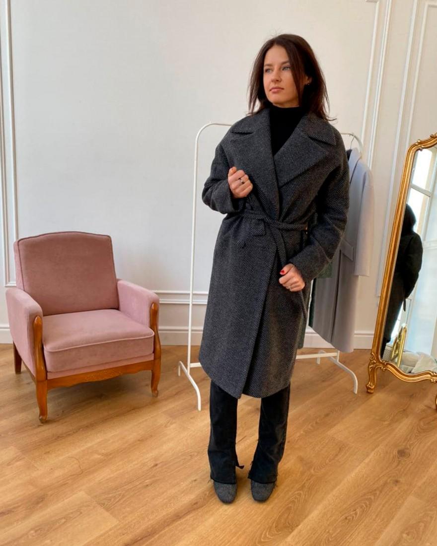 Довге жіноче пальто з поясом 4 ґудзика, сіра ялинка