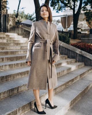 Класичне приталене пальто з поясом 3 гудзика, темно бежеве