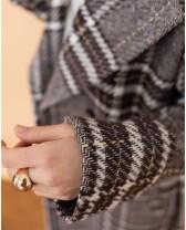 Довге жіноче пальто з поясом 4 ґудзика, різнокольорова клітинка