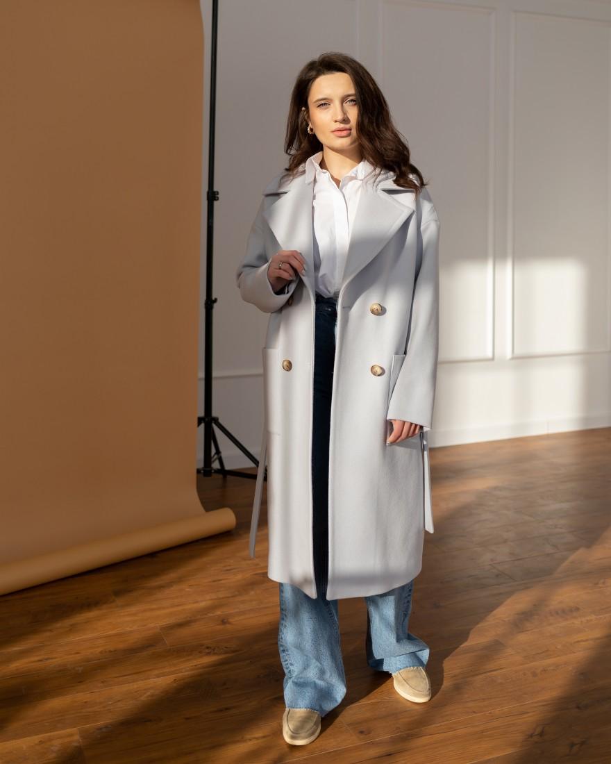 Жіноче пряме пальто з накладними кишенями, голубе
