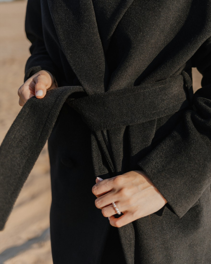 Довге двубортне пальто з поясом 4 ґудзика, чорне